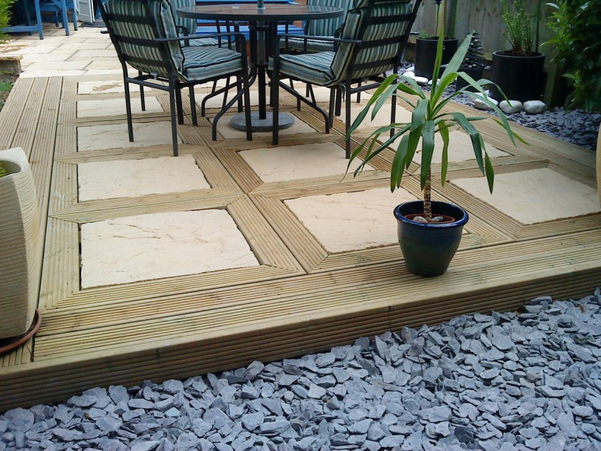 Bespoke eating area by Indigo Landscapers, Northamptonshire