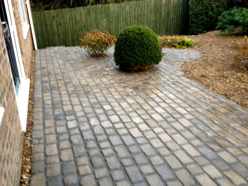 Nether Heyford Northampton by Indigo Landscapers